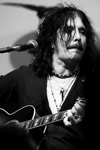 Union (band) - John Corabi in 2010