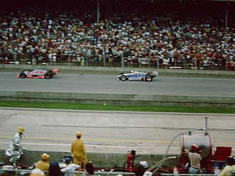1982 Indianapolis 500 - Gordon Johncock leads Rick Mears in the closing stages of the race.
