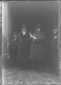 KarlRennerAbandonaDomicilioGeorgesClemenceau19191216.png