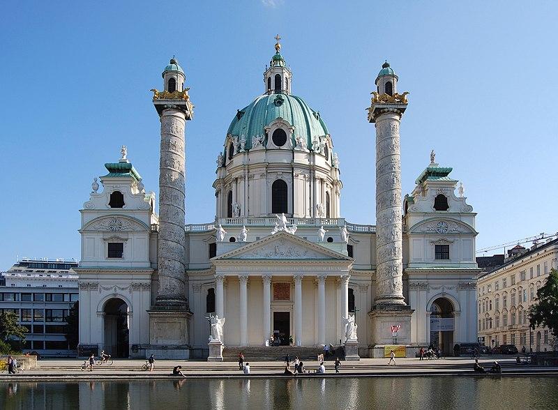 Karlskirche Wien September 2016.jpg