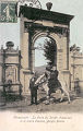 Kerassunde - Gate of the municipal garden and major captain Yorghi-Pacha.jpg