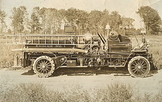Firefighting apparatus - Knox fire engine, one of the first modern fire engines, manufactured in 1905 in Springfield, Massachusetts by the Knox Automobile Company.
