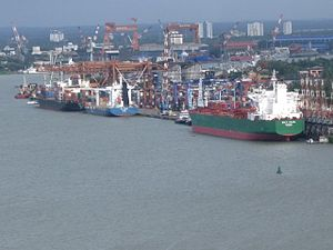 Kochi City-sizzling port-W.ISLAND, that's created by Lord Bristow.jpg