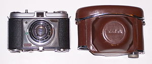 Kodak Retinette - Image: Kodak Retinette and case