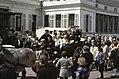 Koninginnedag 1979, defile Soestdijk koningin Juliana en Prinsjes op boerenwage, Bestanddeelnr 253-8088.jpg