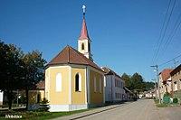 Kostel Sv. Václava Třebětice.JPG