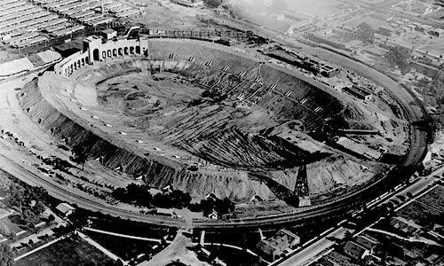 LAColiseum-under-construction-1922