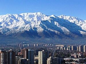 La Reina - In the background, Cerro Provincia (left) and the Cerro San Ramón (centre)