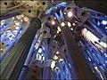 La Sagrada Familia - interior 5 - Barcelona - panoramio.jpg