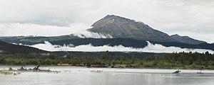 Lago Kenai, trayecto ferroviario escénico Seward-Anchorage, Alaska, Estados Unidos, 2017-08-21, DD 89.jpg