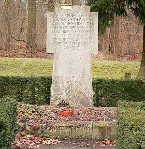Langeleben - Monument