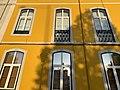 Lisbon streets (44897317564).jpg