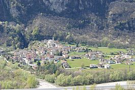 Lodrino village center