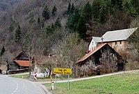 Log pri Polhovem Gradcu Slovenia.JPG
