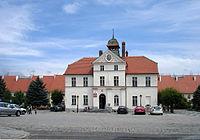 Lowin Brzeski Löwen rathaus.jpg