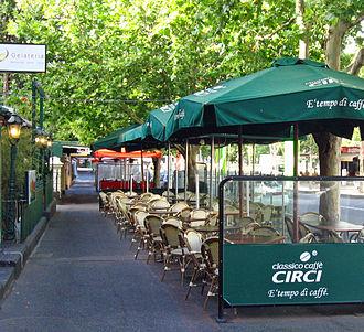 Lygon Street, Melbourne - Alfresco dining along Lygon Street