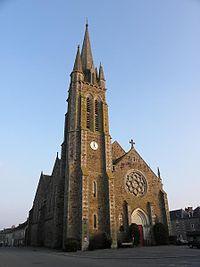 Médréac (35) Église Saint-Pierre.jpg