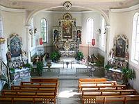 Maierhöfen Pfarrkirche Chor und Altäre.jpg