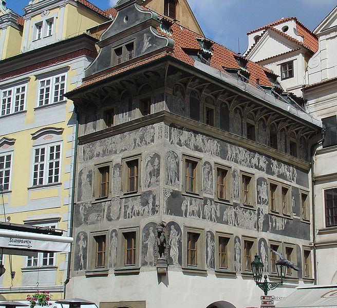 656px-Maison_%C3%A0_la_minute_Prague[1]
