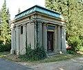 Mausoleum Uetersen.jpg
