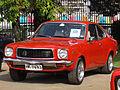 Mazda 808 Super Deluxe 1977 (14574158483).jpg