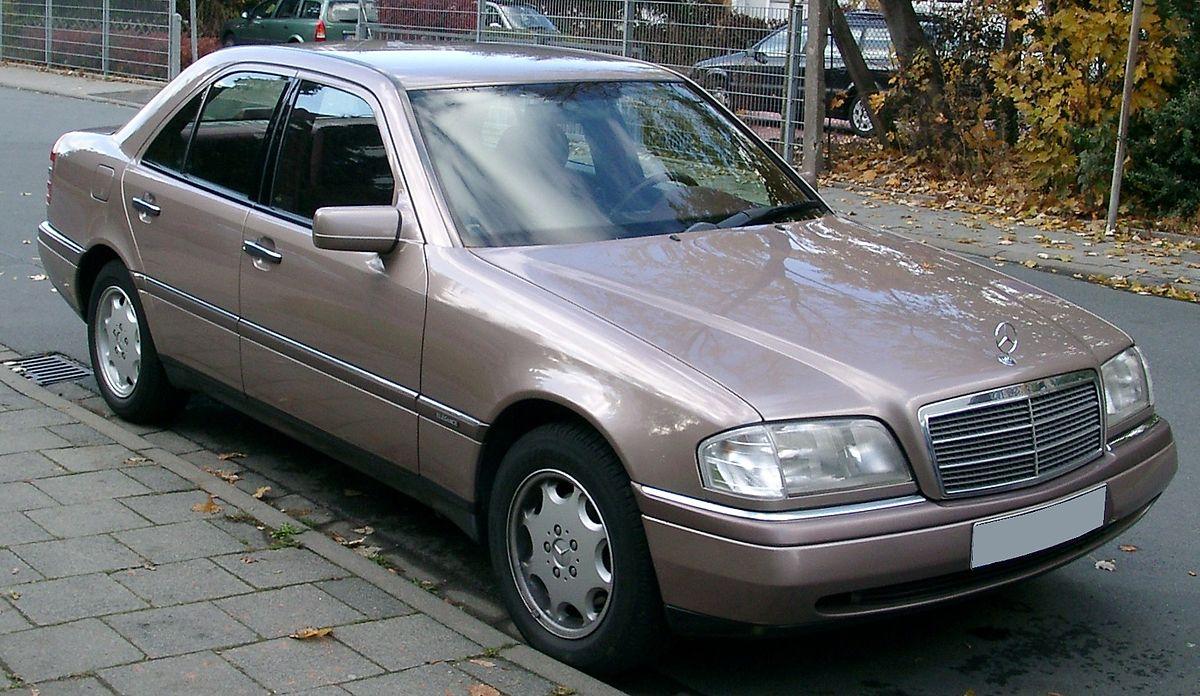 Mercedes W202 front 20071030.jpg