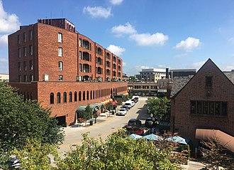 Birmingham, Michigan - Image: Merrill Street in Birmingham, Michigan