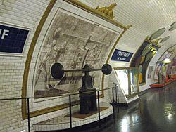 Metro-Paris-Ligne-7-Station.jpg