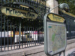 Tuileries (Paris Métro) - Image: Metro tuileries 1