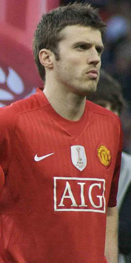 Michael Carrick cropped.jpg