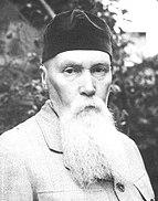 N Roerich (cropped).jpg