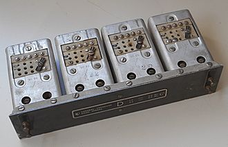 National HRO - Plug-in tuning coil set D for the HRO-60 receiver.