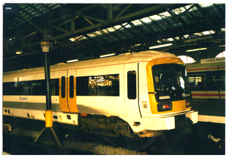 Dynamic braking - A Connex South Eastern Class 466 EMU at Blackfriars station in 2006 fitted with dynamic blended braking