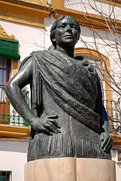 Busto de La Niña de los Peines  del escultor José Illanes