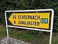 Niederanven, Waldhaff signalisation directionnelle.jpg