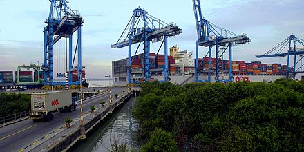 Port Klang in Selangor, the biggest and busiest port in Malaysia Northport Malaysia Wharve.JPG