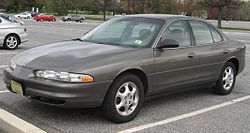 Oldsmobile Intrigue