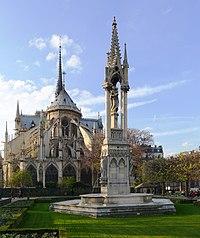 P1060769 Paris IV Notre-Dame square Jean XXIII fontaine de la Vierge rwk.jpg