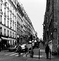 P1330009 Paris XVIII rue de Clignancourt rwk.jpg
