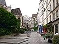 P5090009 Paris IV rue des Barres reductwk.JPG