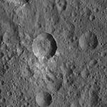 PIA20397-Ceres-DwarfPlanet-Dawn-4thMapOrbit-LAMO-image43-20160125.jpg