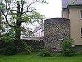 Paderborn Stadtmauer mit Turm Franziskanermauer.jpg