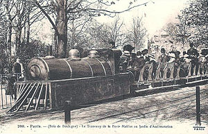 Jardin d'Acclimatation railway - The gasoline locomotives from 1910 have a steam locomotive outline.