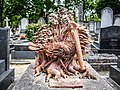 Paris cemetery on Monmartre (8731102401).jpg