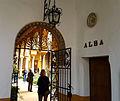 Patio Principal desde el Patio del Aceite - Palacio de las Dueñas.jpg