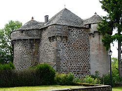 Paulhac (15) château (2).jpg