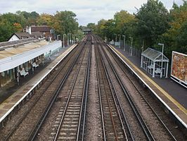 Penge West stn high northbound.JPG