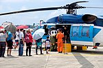 People aboarding ROCAF S-70C 7006 at Gangshan Air Force Base 20170812b.jpg