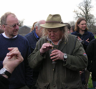 Phil Harding (archaeologist) - Phil Harding (wearing hat) with John Gater filming Time Team