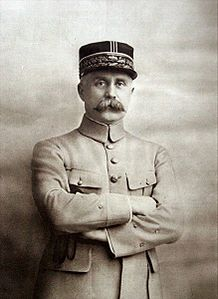 Philippe Pétain (before 1918).jpg